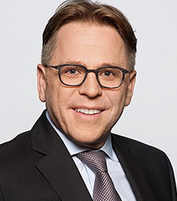 Dr. Thomas Frohnmayer